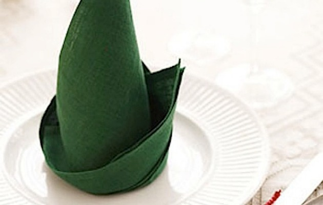 elf-hat-napkin-on-plate-1210-s3-medium_new.jpg