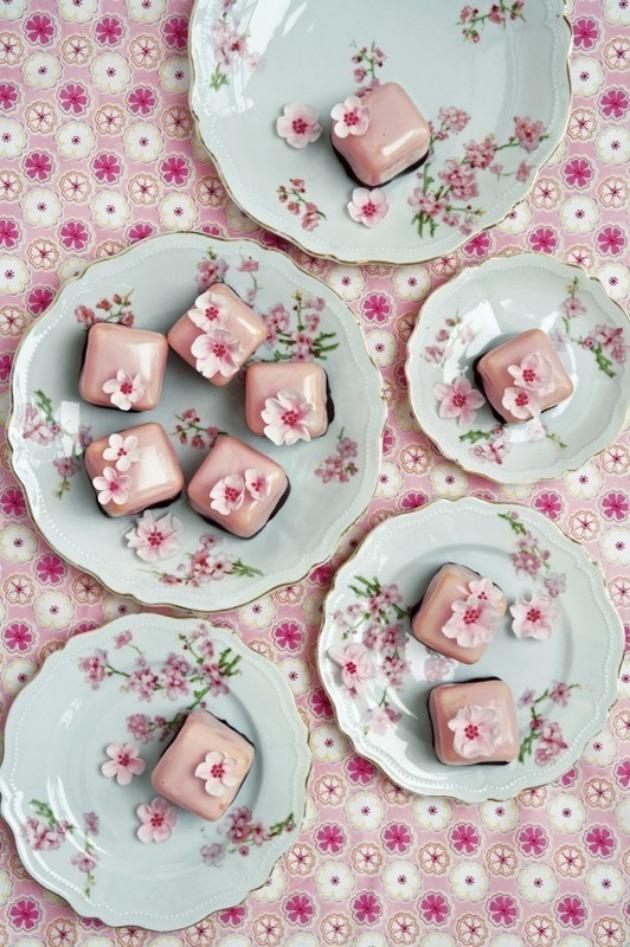 CAKE CHIC PEGGY PORSCHEN.jpg